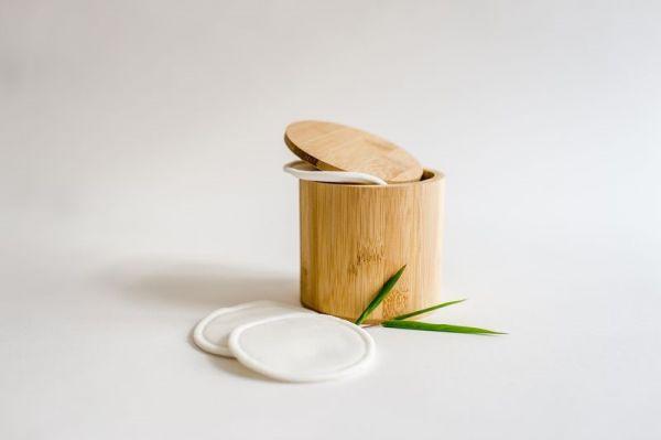 10 Bambus-Kosmetikpads mit Bambusbox + Waschnetz