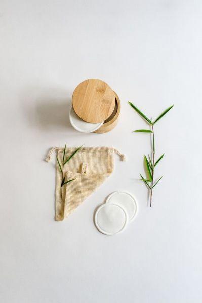 20 Stück Bambus Kosmetikpads mit Bambusbox