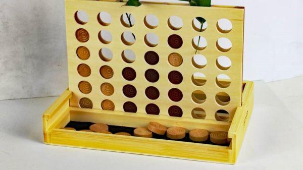 Bambus-Spiel 4 gewinnt