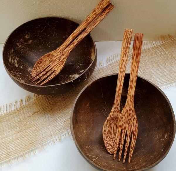 Kokosnuss-Bowls mit Kokosholz-Besteck - 2er Set